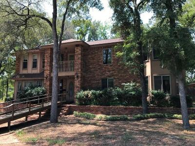 Garland Single Family Home For Sale: 619 W Ridgewood Drive