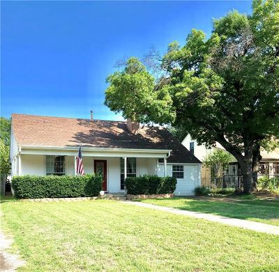 Dallas Single Family Home For Sale: 2215 Langdon Avenue
