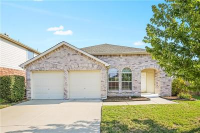 Fort Worth TX Single Family Home For Sale: $212,000