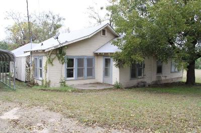 Hamilton Single Family Home For Sale: 321 N Pecan