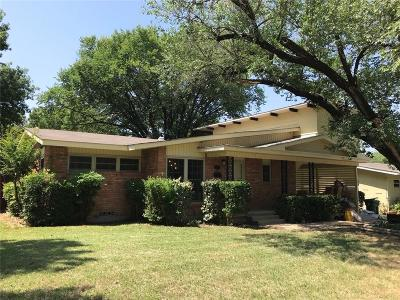 Hurst Single Family Home For Sale: 753 Pine Street