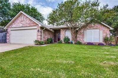 North Richland Hills Single Family Home For Sale: 7925 Ember Oaks Drive