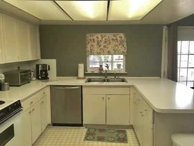 Garland Single Family Home For Sale: 405 Thistle Drive