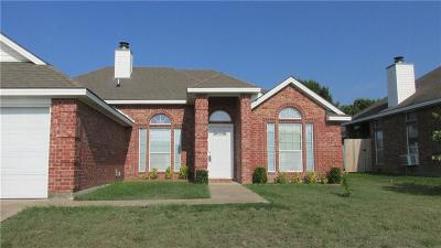 Garland Single Family Home For Sale: 1210 Highland Creek Circle