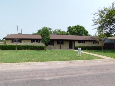 Van Alstyne Single Family Home For Sale: 351 Normandy Drive