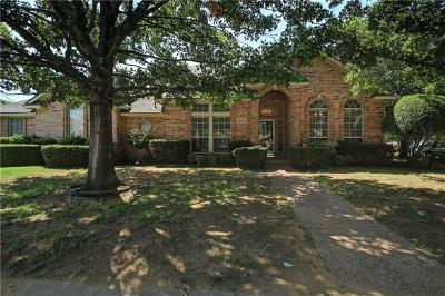 North Richland Hills Single Family Home Active Contingent: 8353 Thornhill Drive