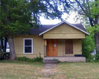 Dallas Single Family Home For Sale: 1315 Claude Street