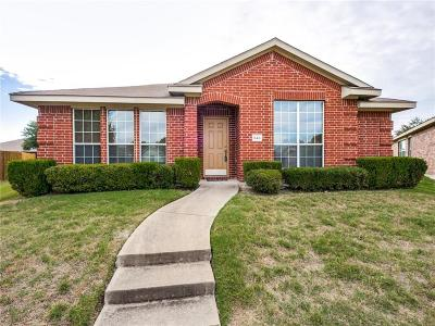 Desoto Single Family Home Active Contingent: 840 Horseshoe Court