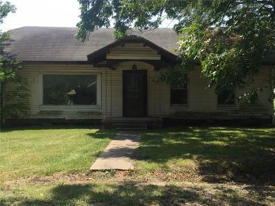 Whitewright Single Family Home For Sale: 105 W Spruce Street
