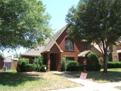 Cedar Hill Single Family Home For Sale: 817 Witherspoon Court