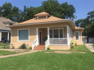 Denison Single Family Home For Sale: 1119 W Gandy Street
