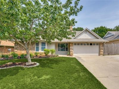 North Richland Hills Single Family Home For Sale: 7728 Red Oak Street