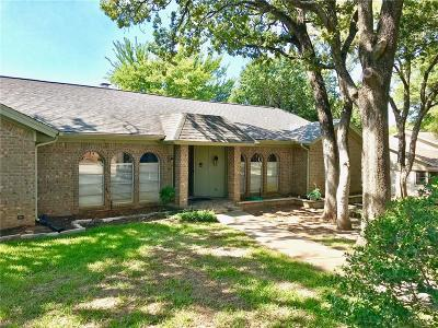 Euless Single Family Home For Sale: 103 Oak Forest Trail