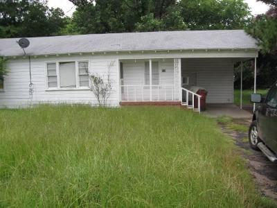 Grand Saline Single Family Home For Sale: 518 N Larson