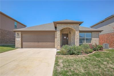 Azle Single Family Home For Sale: 620 Cameron Way