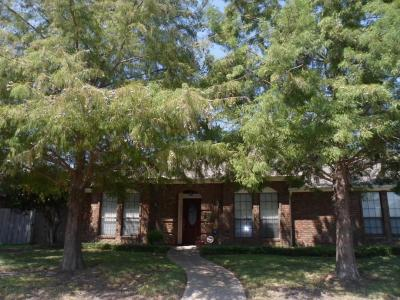 Single Family Home For Sale: 5417 Blue Cove Drive