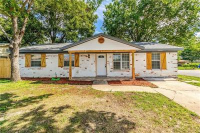 Seagoville Single Family Home Active Contingent: 802 Jack Street