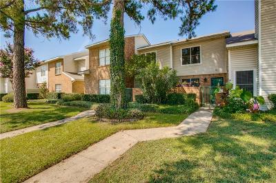Townhouse For Sale: 824 Creekside Drive
