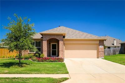 Azle Single Family Home For Sale: 1205 Glenwood Drive