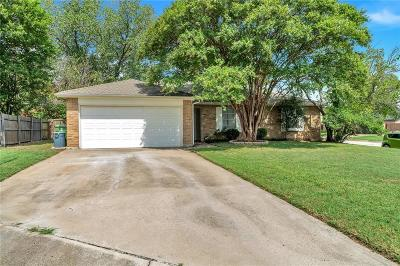 North Richland Hills Single Family Home For Sale: 7225 Windhaven Court
