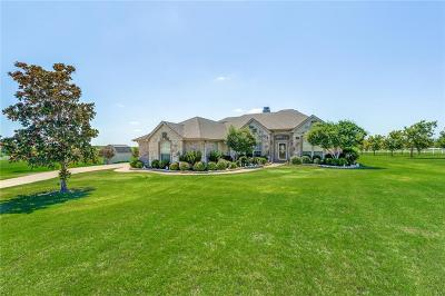 Fort Worth Single Family Home For Sale: 1049 Creek Hollow Lane
