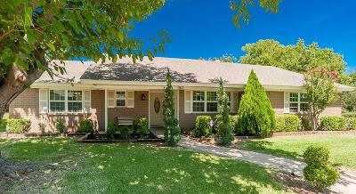 Bedford Single Family Home For Sale: 917 Stratford Drive