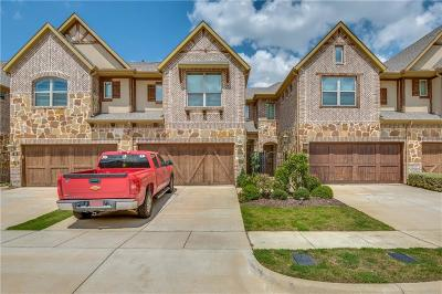 Euless Townhouse For Sale: 1007 Brook Forest Lane