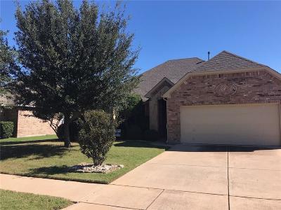 Saginaw Single Family Home For Sale: 936 Robbins Way