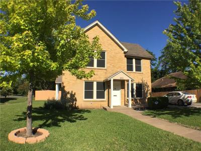 Dallas Multi Family Home For Sale: 902 S Oak Cliff Boulevard