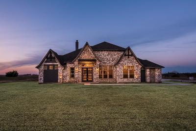 Granbury Single Family Home For Sale: 165 Helton Drive