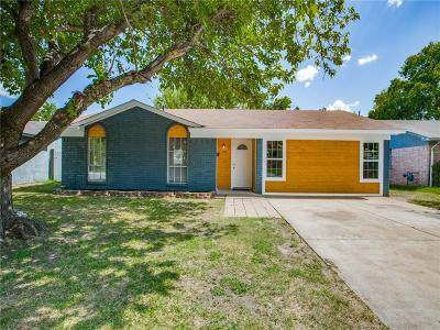 Blue Mound Single Family Home For Sale: 1772 Americana Boulevard