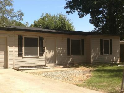 Haltom City Single Family Home For Sale: 4553 Newman Drive