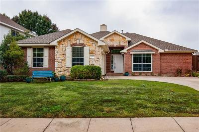 Keller Single Family Home For Sale: 620 Cedarwood Drive