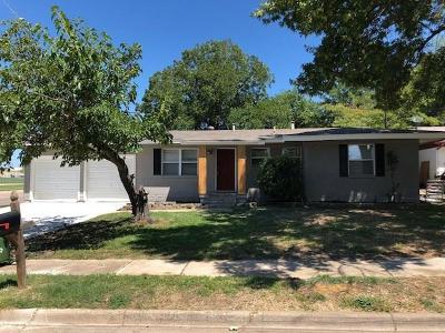 Hurst Single Family Home For Sale: 760 Willow Street
