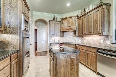 North Richland Hills Single Family Home For Sale: 7804 Barfields Way