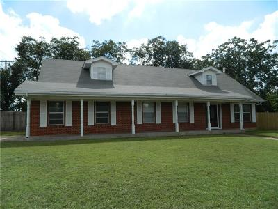 Mineral Wells Single Family Home For Sale: 2506 SE 14th Street