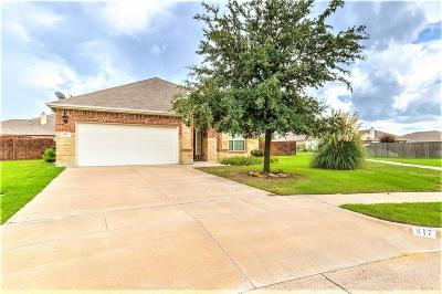 Burleson Single Family Home For Sale: 817 Olive Court