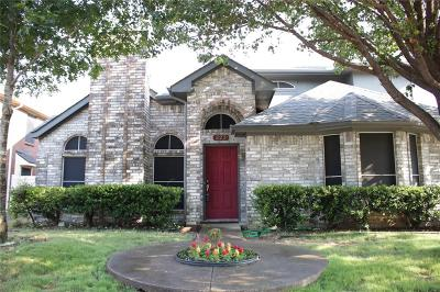 Cedar Hill Single Family Home For Sale: 323 Trees Drive
