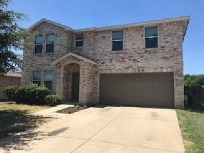 Burleson Single Family Home For Sale: 333 Snapdragon Court