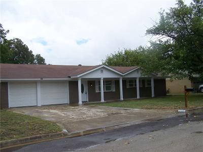 Brownwood TX Single Family Home For Sale: $165,000