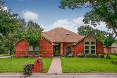 Arlington Single Family Home For Sale: 2007 Hunter Glade Lane