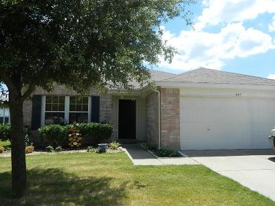 Residential Lease For Lease: 907 Live Oak Drive
