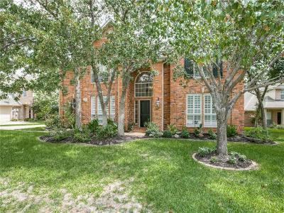 Southlake Single Family Home Active Contingent: 807 Caroline Lane