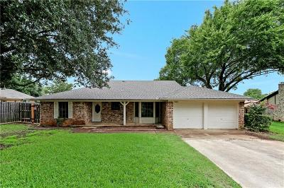 North Richland Hills Single Family Home For Sale: 7305 Meadowbrook Drive