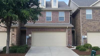 Lewisville Townhouse For Sale: 2644 Jacobson Drive