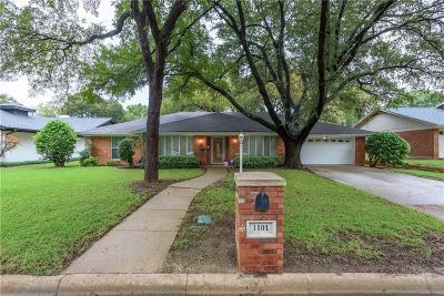 Arlington Single Family Home For Sale: 1101 Arlena Drive