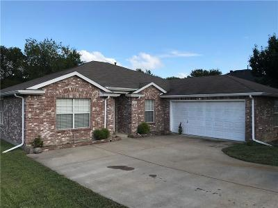 Sachse Single Family Home For Sale: 4708 Lee Hutson