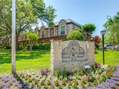 Condo Active Option Contract: 4022 Ridglea Country Club Drive #1602