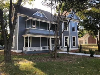 Lancaster Single Family Home For Sale: 337 S Dallas Avenue