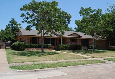 Garland Single Family Home For Sale: 115 W Kenwood Drive